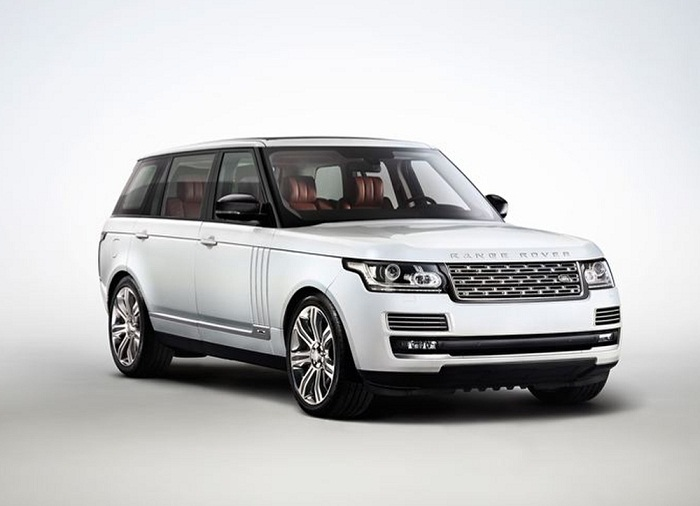 Range Rover Before And After The Fire (2 pics)