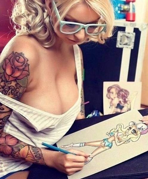 Tattooed Girls (63 pics)