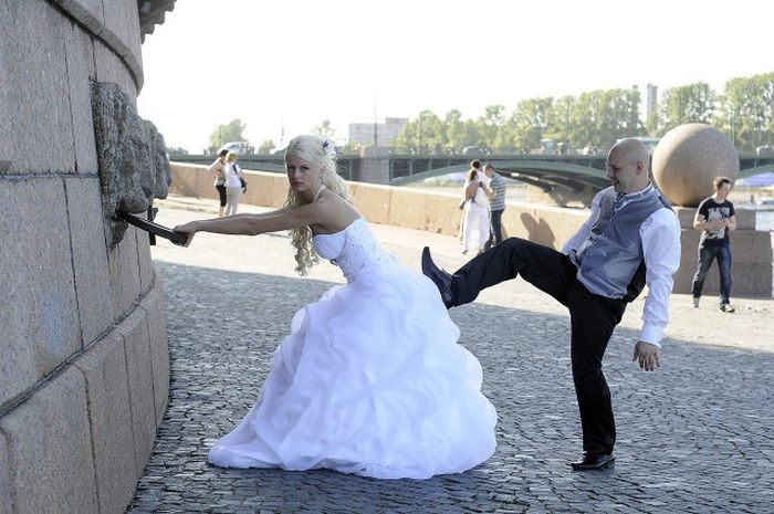 Awkward Russian Wedding Photos (58 pics)