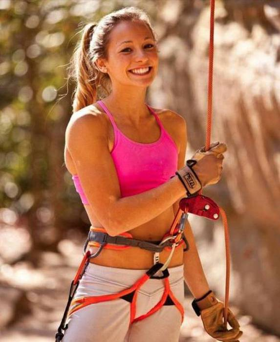 Sexy Rock Climbing Girls That Are Too Hot To Handle (39 pics)