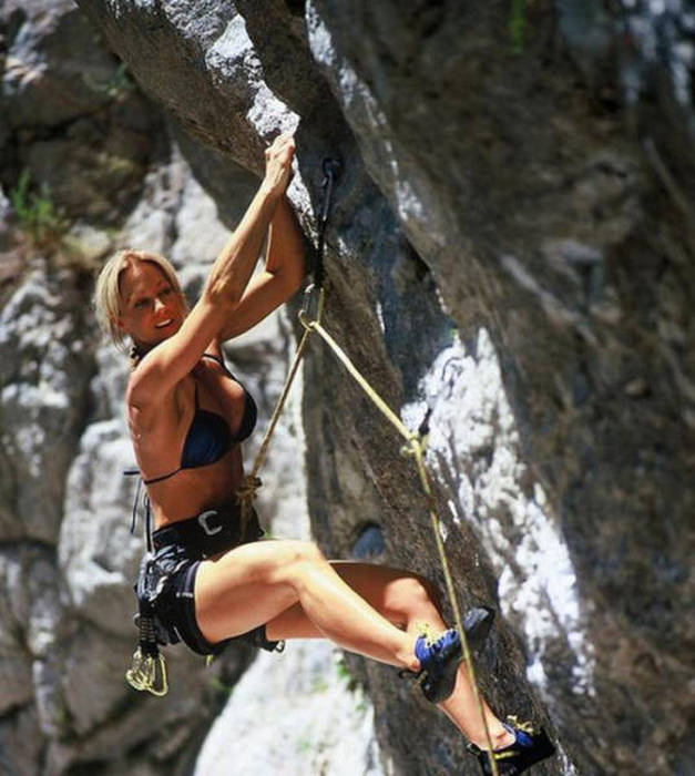 Sexy Rock Climbing Girls That Are Too Hot To Handle 39 Pics-8778