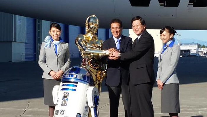 New Japanese Aircraft Debuts With A Star Wars Theme (13 pics)