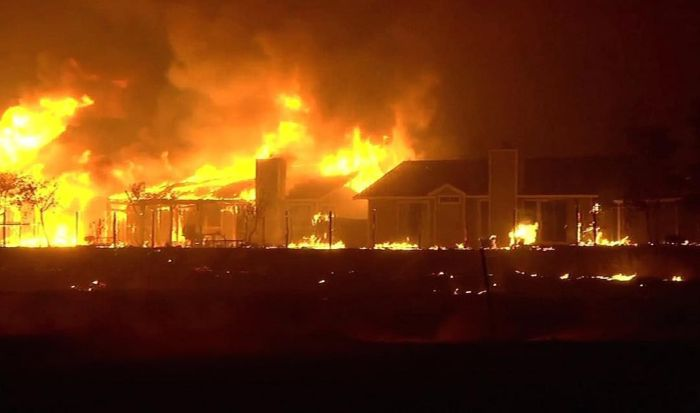 Wildfires Have Turned California Into A State Of Emergency (21 pics)