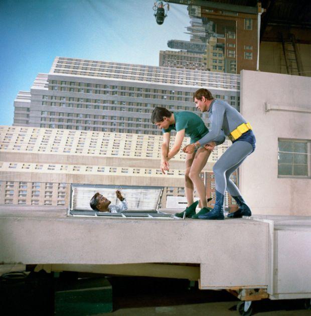 A Behind The Scenes Look At The Batman TV Series (2 pics)
