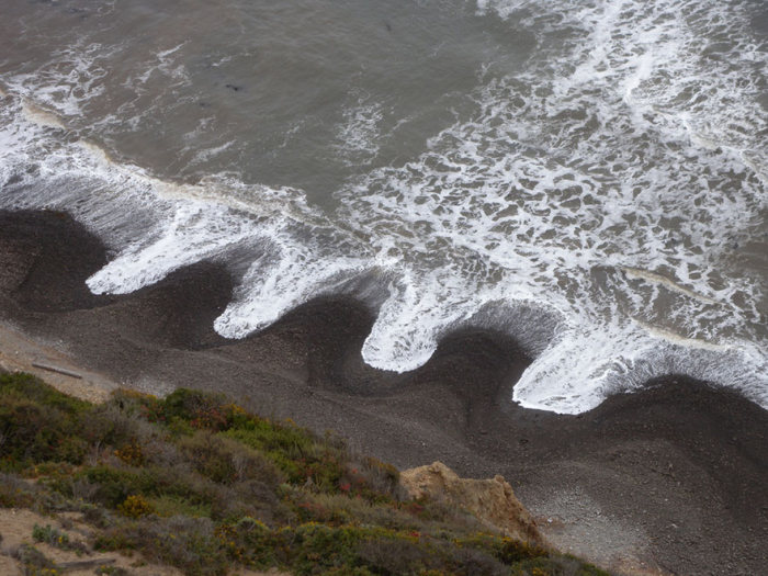 Scientists Can't Seem To Explain These Bizarre Beach Patterns (3 pics)