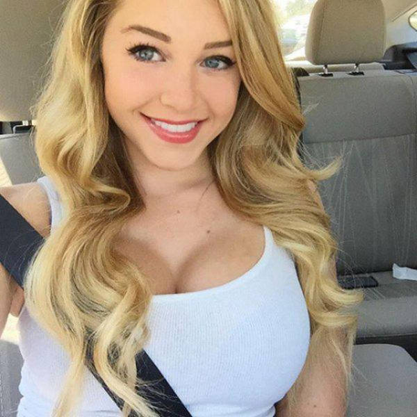 Blond huge tits-5594