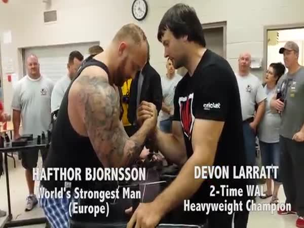 Devon Larratt Is Strong