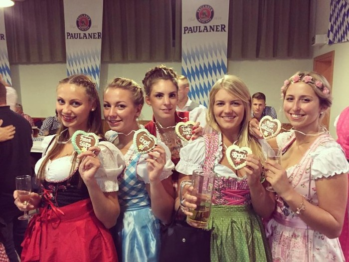 The Lovely Ladies Of Oktoberfest 2015 (25 pics)