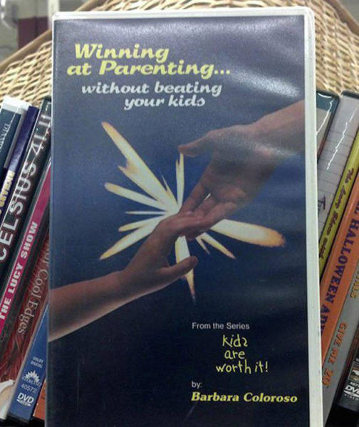 You Never Know What Kind Of Stuff You're Going To Find At The Thrift Shop (33 pics)