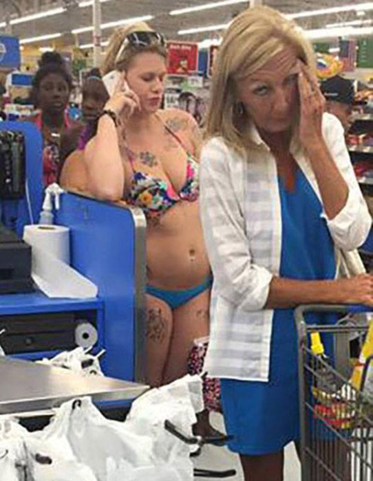 Walmart Shoppers Are A Special Breed Of People (27 pics)