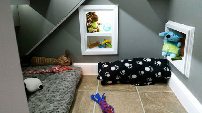 This Dog Has His Very Own Room Under The Stairs (11 pics)