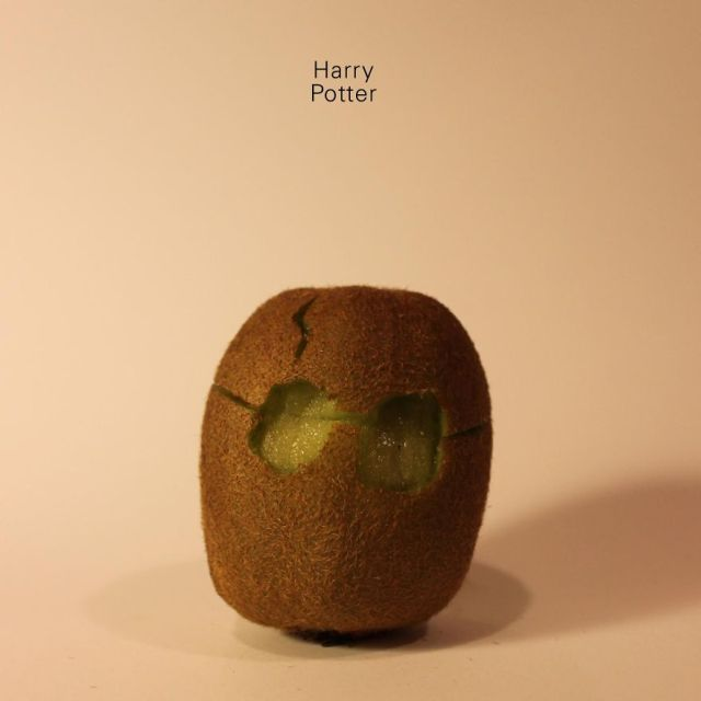These Hand Carved Kiwis Look A Lot Like Famous Celebrities (29 pics)