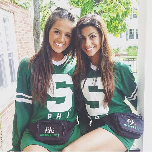 College girls pics