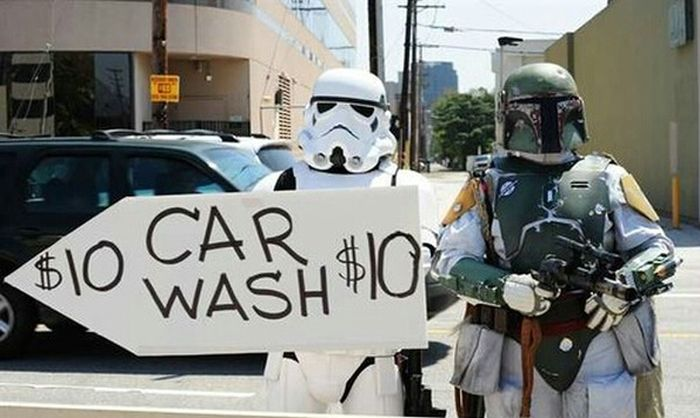Hot Girls Washing Cars In Costume Is A Dream Come True For Star Wars Fans (7 pics)
