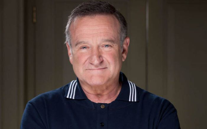 Robin Williams' Letter Of Recommendation For A Co-Star Is Heartwarming (3 pics)