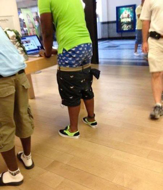 Sagging Pants Is The Worst Fashion Trend Of All Time (18 pics)
