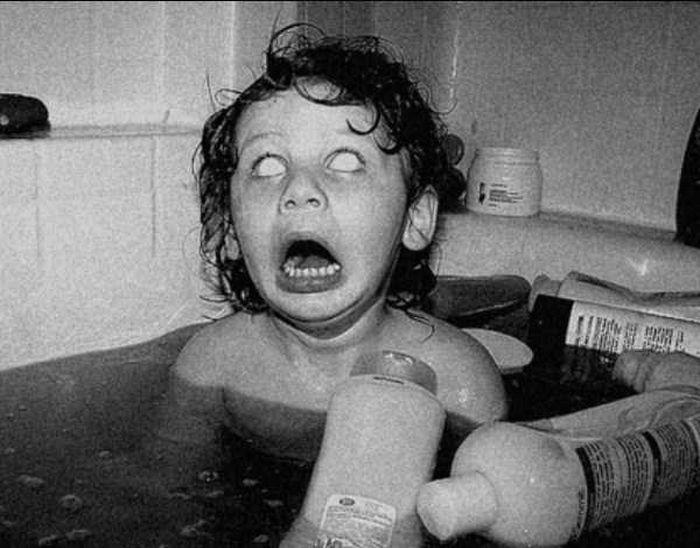 Creepy Pictures That Will Keep You Up At Night (27 pics)