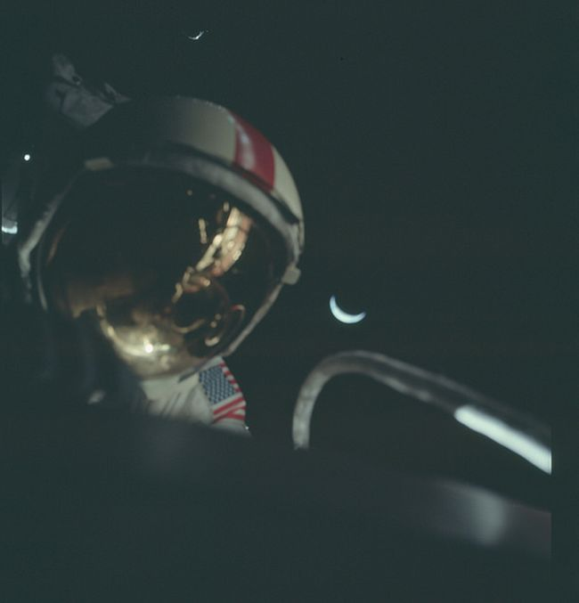 More Than 8,400 Pictures From The Apollo Missions Have Been Released Online (36 pics)