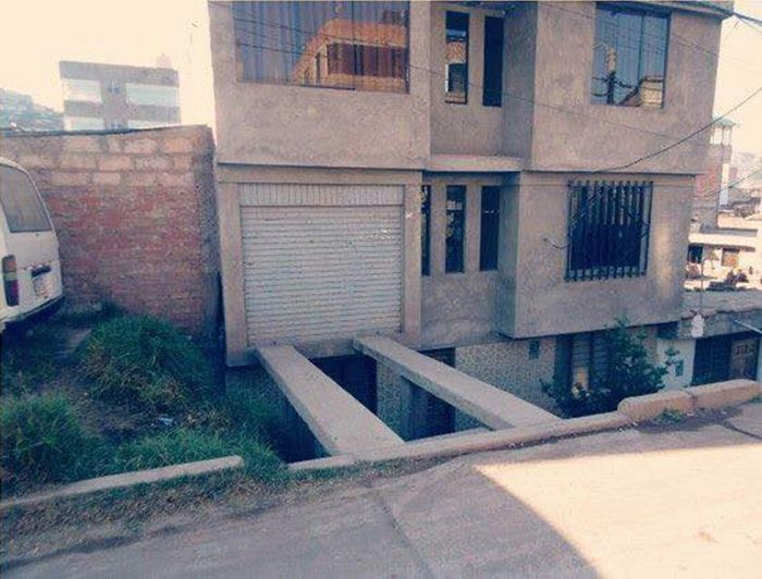 One Wrong Move And You'll Never Make It To This Garage (2 pics)