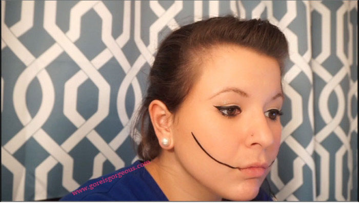 Creepy Halloween Makeup Tutorial From Start To Finish (20 pics)