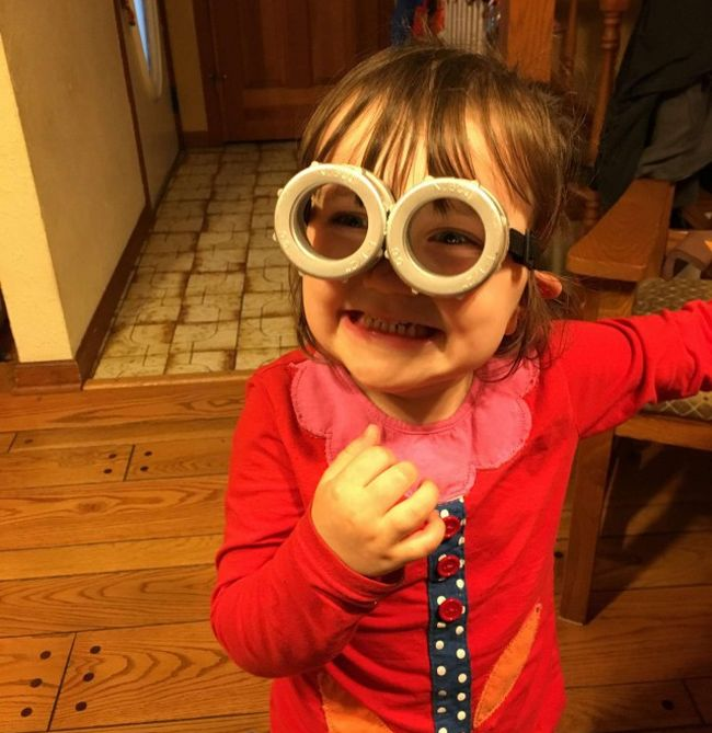 How To Make Your Own Minions Glasses At Home (11 pics)