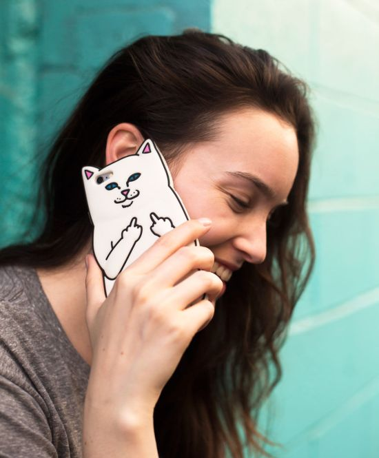 No One Will Bother You If You Carry This iPhone Case (3 pics)