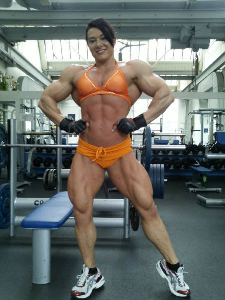 These Female Bodybuilders Could Probably Tear You In Half (37 pics)