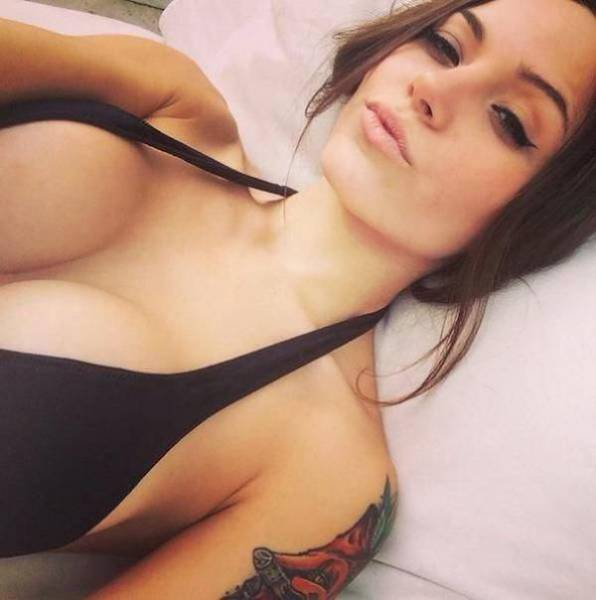 Beautiful Girls With Busty Chests Are Always A Welcome Distraction (52 pics)