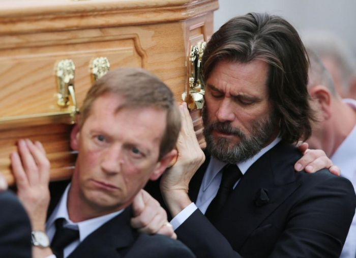 Jim Carrey Attends Late Girlfriend Cathriona White's Funeral (6 pics)