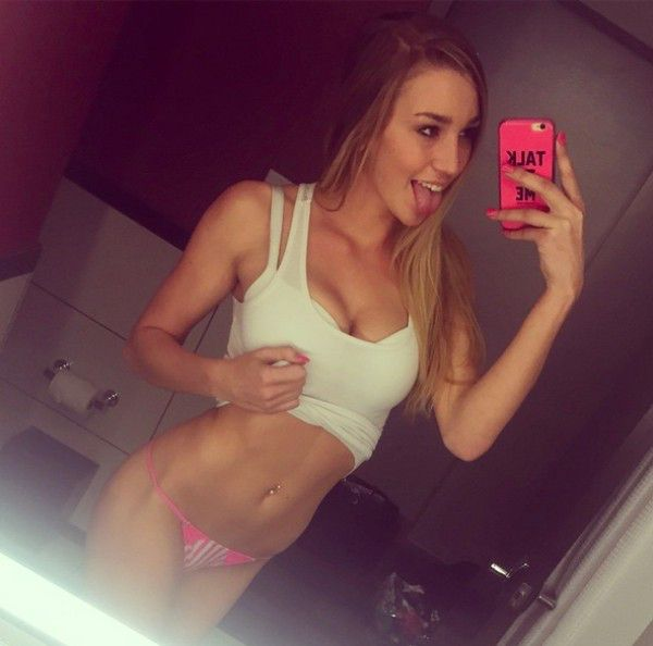 Meet Kendra Sunderland, The Girl That Got Busted For Filming Porn In A Library (20 pics)
