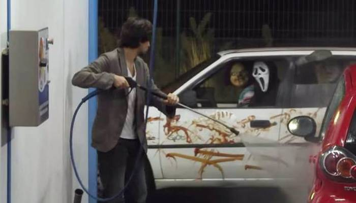 Terrifying Halloween Pranks That Are Creepy And Hilarious (32 pics)