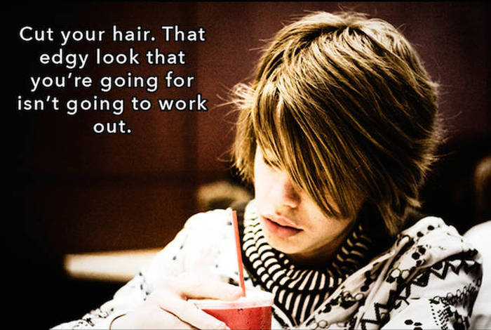 People Reveal What They Would Tell Themselves If They Could Go Back in Time (16 pics)