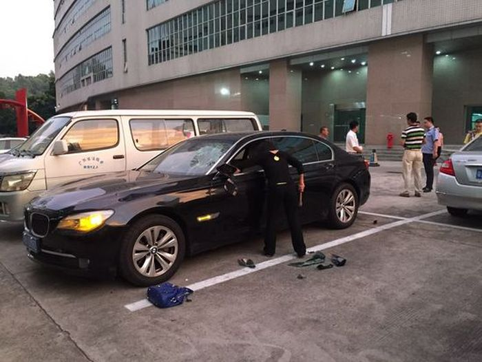 Wife Destroys Husband's $200,000 BMW After Finding Out He's Cheating (4 pics + video)