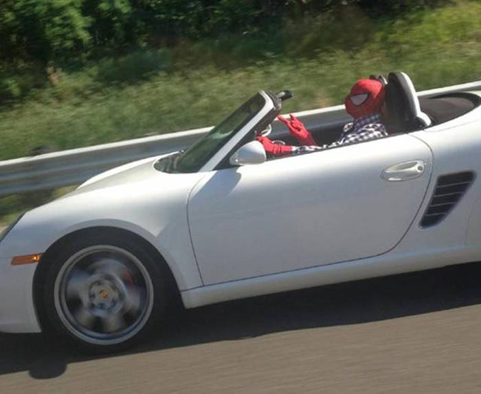 Sometimes You See The Strangest Things While Driving (44 pics)