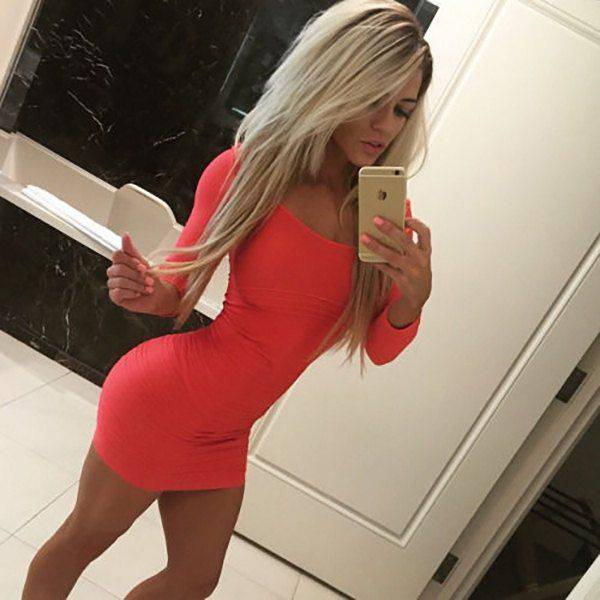 There's Nothing More Tempting Than A Beautiful Girl In A Tight Dress (56 pics)