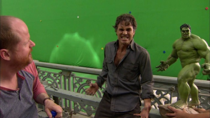 Behind The Scenes Photos That Will Change The Way You See Famous Movies (34 pics)