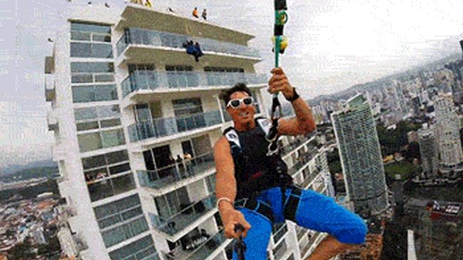See What Life Is Like From An Extreme Adrenaline Junkie's Point Of View (24 gifs)