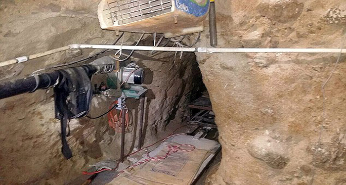 Mexican Authorities Discover Drug Tunnel Stretching Across The US Border (4 pics)