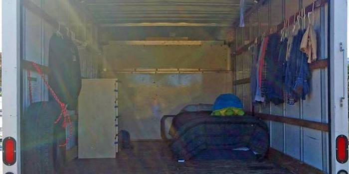 Google Employee Saves 90% Of His Salary By Living In A Truck (6 pics)