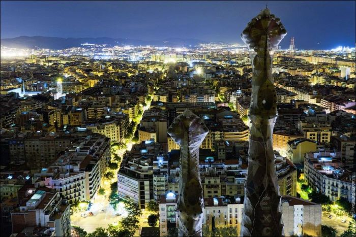 These Incredible Views Of The Sagrada Familia Are Unlike Anything You've Ever Seen (7 pics)