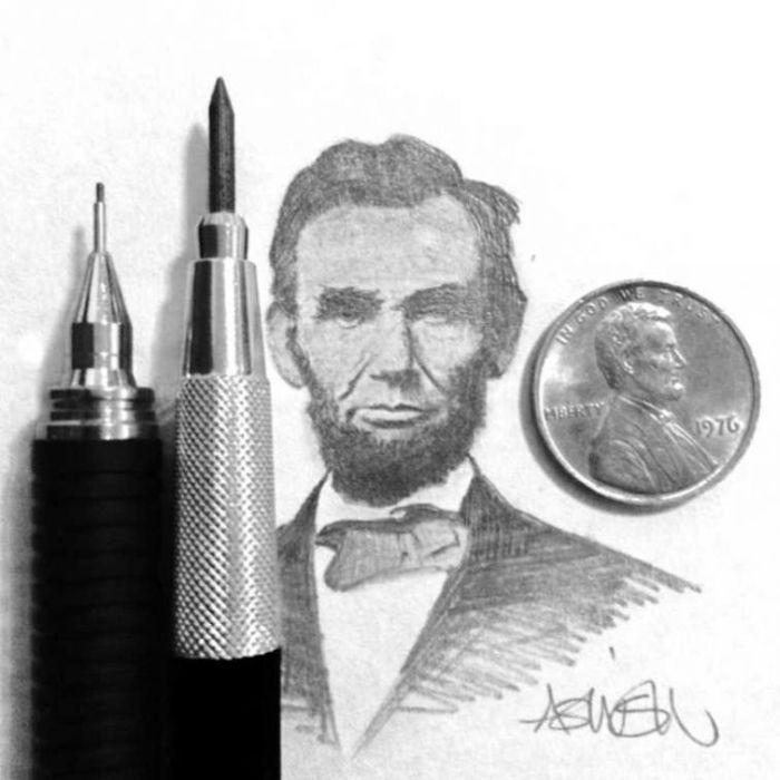 Artist Recreates Celebrity Photos Using Only A Pencil (20 pics)