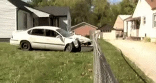 Guy Destroys His Ex-Girlfriend's Car Then Does Something Completely Insane (5 gifs)