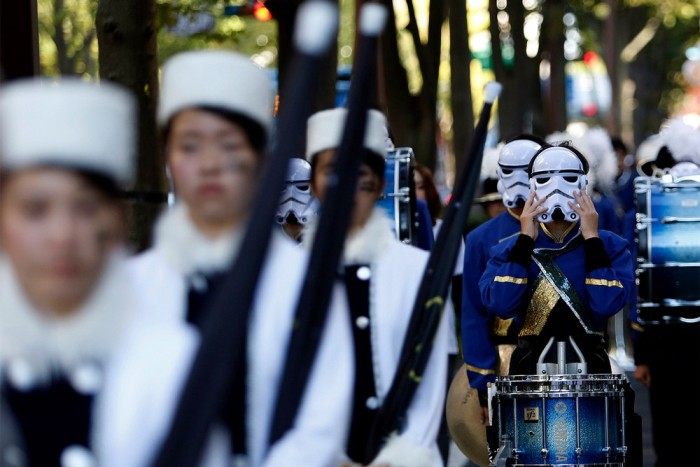 Japan Takes Halloween To A Whole New Level With A Parade (16 pics)