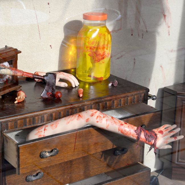 Police Are Trying To Convince This Cafe Owner That His Shop Is Too Scary (3 pics)