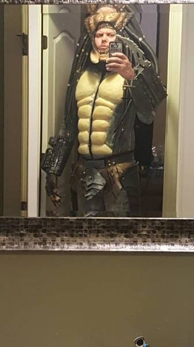 Cosplayer Creates Predator Costume That Looks Just Like The Real Thing (32 pics)
