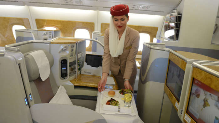 This Traveler Took $60,000 Worth Of First Class Flights For $300 (14 pics)