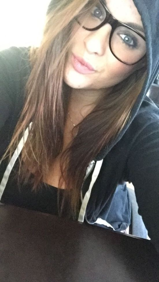 Girls Get Bored at Work. Part 10 (33 pics)