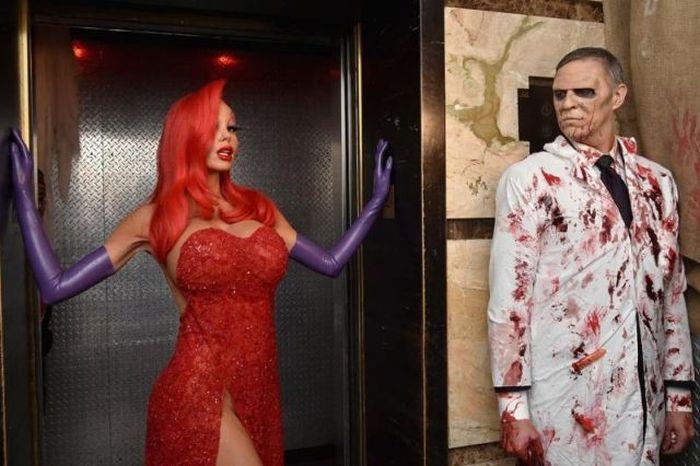 Heidi Klum Wins Halloween With Her Jessica Rabbit Costume (15 pics)