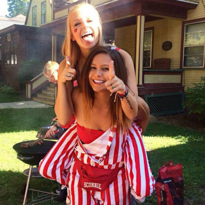 College Is Full Of Fun And Debauchery (58 pics)