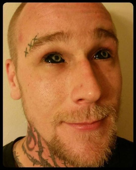 Eyeball Tattoos Are The Creepiest Trend Ever (20 pics)